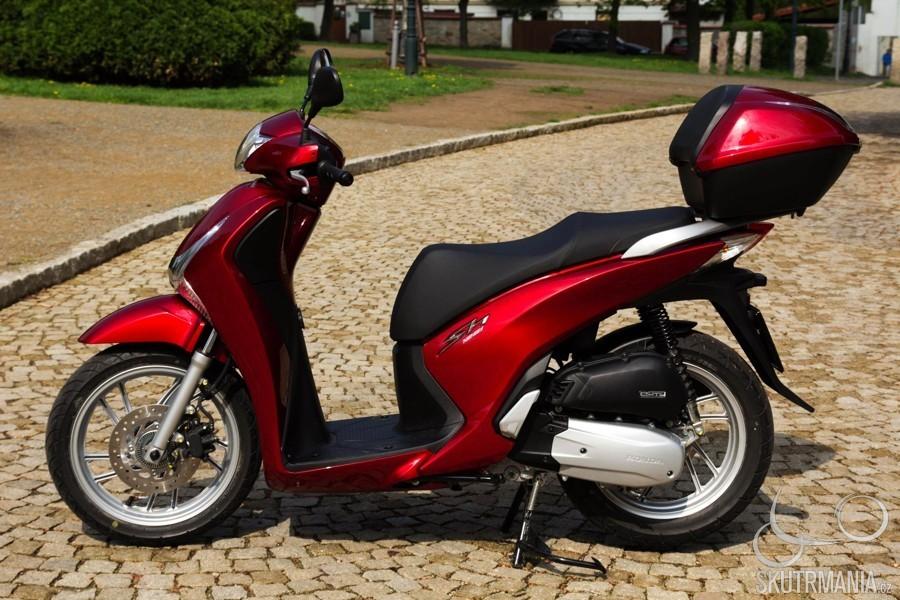 Recenzia-Honda SH 125i-3